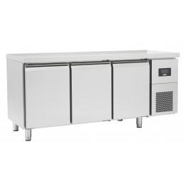 Tables Réfrigérées\n gamme afi GN 1/1 • sans dosseret \nportes pleines • positives \n évaporateur traité AFI COLLIN LUCY CHR ...